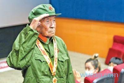 人民日报:《长津湖》是这样炼成的